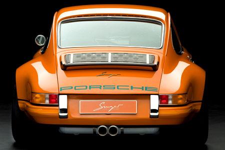 singer-porsche-911-rear