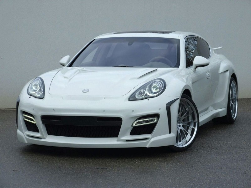 2010-Fab-Design-Porsche-Panamera-Front-Angle-View-800x600