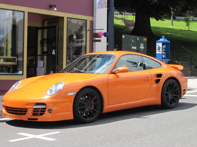 porsche 911 turbo orange