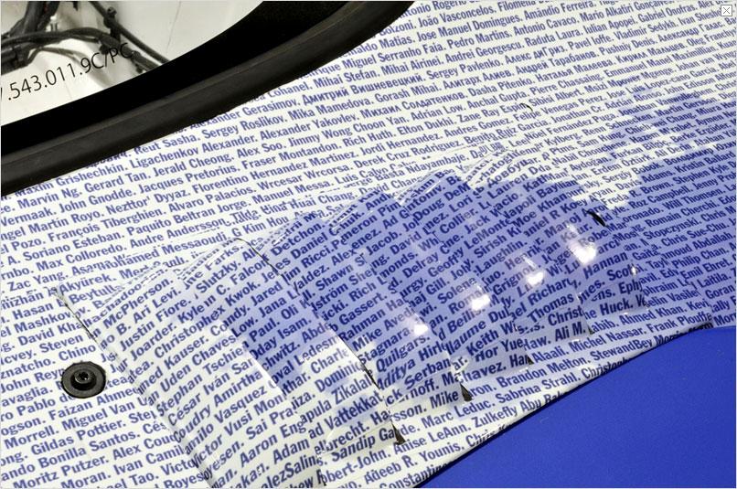 porsche 911 gt3 r hybrid facebook fan edition close up