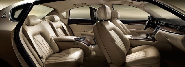 2013 Maserati Quattroporte Interior